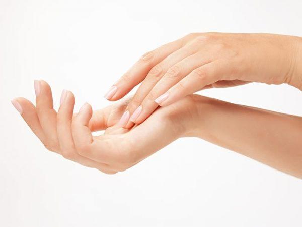 Ringiovanimento delle mani a Pisa, Lucca, Livorno